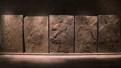 5 relief plates with cuneiform writing and winged deities