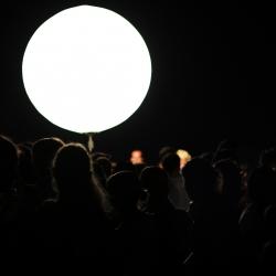 black-swissotel-helipad-party-crowd