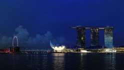 marina-bay-sands-by-night