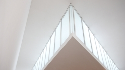 pinakothek-white-skylight-windows