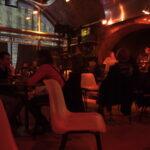 Lounging in Rhiz-Bar